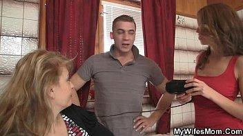 Секс с женой и тещей русские
