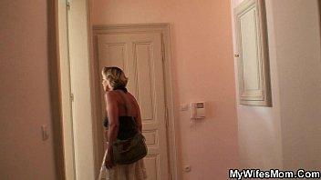 Русский инцест мать ебется с сыном
