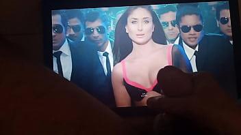 Masturbation on Kareena Kapoor cumshot cum tribute fap shag on boobs