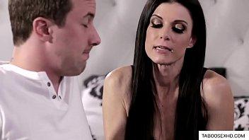 Milf mother seduce stepson