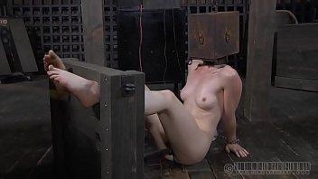 Порно жени и подружки