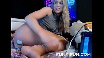 www.girls4cock.com *** SUPER HOT CAMGIRL FUCKS HER HOLES ON WEBCAM