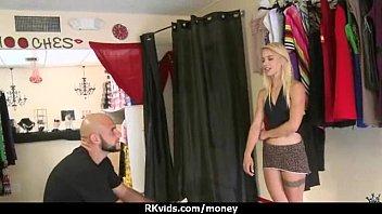 Смотреть порно трах со зрелой секретаршой и молодым начальник