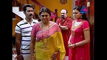 Chitra Shenoy Mallu Cini Serial Actress