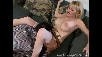 Видио порно мамашу в анал
