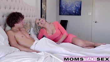 Naughty Blondes Alexa Grace & Nina Ella Hot Threeway!