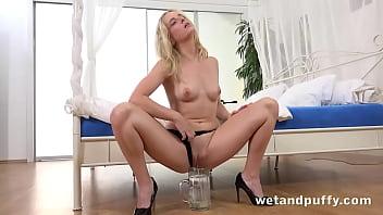 Hard orgasm for blonde pornstar using hitachi wand