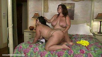 Молодая девушка порно дома