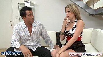 Кончаеш она сосет соседка ролик порно
