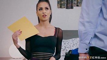 Brazzers - Abby Lee Brazil - Brazzers Exxtra velhas boqueteiras