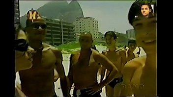 Tiazinha Suzana Alves na praia