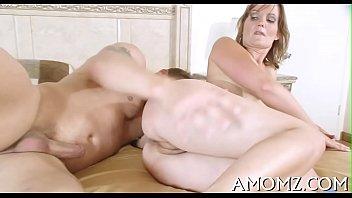 Порно ролики зрелых и пожилых женщин
