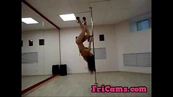Dubstep pole dancing hotie