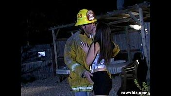 Секс с пожарником