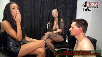 Deutscher BDSM Unterricht - 18 j&auml_hrige teen Domina bekommt ersten Fetisch Sklave