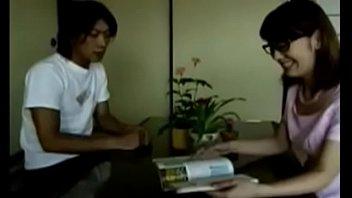 Японки изменяют при муже