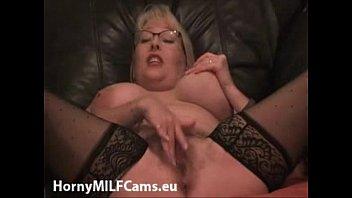 busty milf squirting on cam  - hornymilfcams.eu