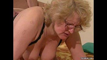 Порно мамы старухи лисбиянки