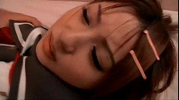 【女子高生/JK】めちゃカワ娘のセーラー服を捲って巨乳露出した状態で犯して乳射