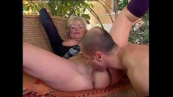 Порно онлайн соблазнила пасынка