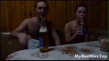 НАПОИЛ И ТРАХНУЛ В САУНЕ (MYBESTGIRLS.TOP)