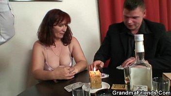Порно мамочки видео русские смотреть с сыном