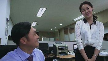 Người Vợ Văn Ph&ograve_ng Của T&ocirc_i - Film18.pro