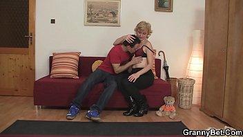 Мать и сын оральный секс фото