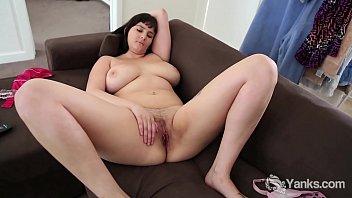 Yanks Brunette Envy'_s Red Vibe