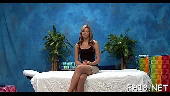 Vídeos pornô grátis loirinha magrinha indo a casa de massagem