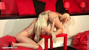 Pussy Degustation sensual lesbian scene by SapphiX