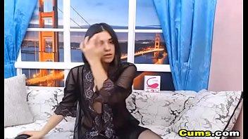 Seductive Babe Masturbate on Cam