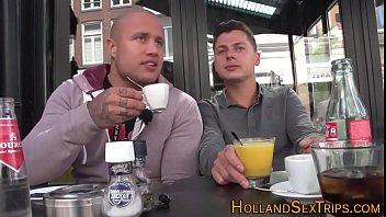 Blonde Dutch Hoertje wordt Geneukt