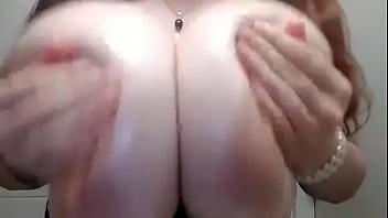 Oiled huge boobs Milena Velba porn thumbnail