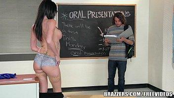 Brazzers - Sexy teacher Dava Foxx fucks student