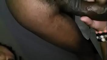 Engolindo a jeba  do baiano