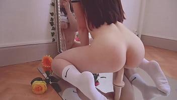 SOLO FEMALE - Flowery mirror ride