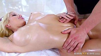Charming Lady Gets A Kinky Massage