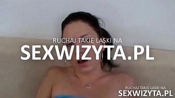 Nastolatka ze strony sexwizyty.pl z Polski ostro ruchana przez twardziela