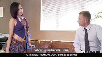 PORNO ACADEMIE - Hot latina teen Canela Skin gets cum in mouth Vorschaubild