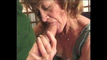 Парнуха в душе бабушка с дедушкой
