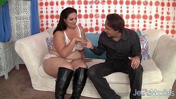 Секс с очень толстым членом смотреть