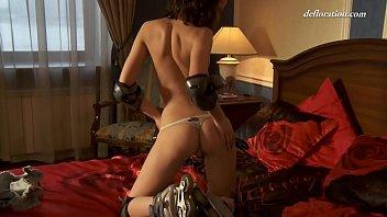 Смотреть фото девушек в стрингах эротика