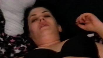 Порно брюнетки в пеньюаре фотки