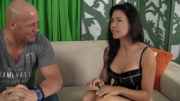 Hot Asian Vietnamese Mother takes in her ass from White Guy