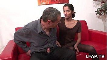 Красивая две индиянка и парен секса