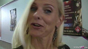 German Mom - Deutsche Amateurin Dirty-Tina beim AO Usertreffen mit Jungen