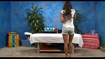 Порно массажист выеб