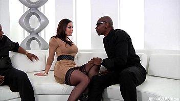 Busty MILF Kendra Lust interracial threeway  #58294