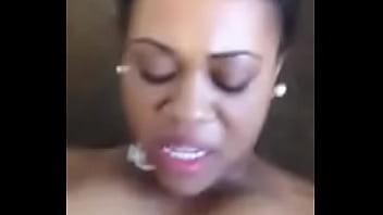 Masturbation femme congolaise